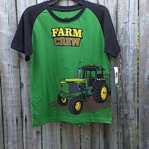 John Deere Size  7 Kids Shirt